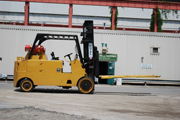 Royal 30,000 lb Forklift